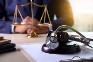 מי חשוף לתביעת רשלנות רפואית?
